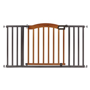 Best baby gate to Keep your Baby and Pet Out of Dangerous Area